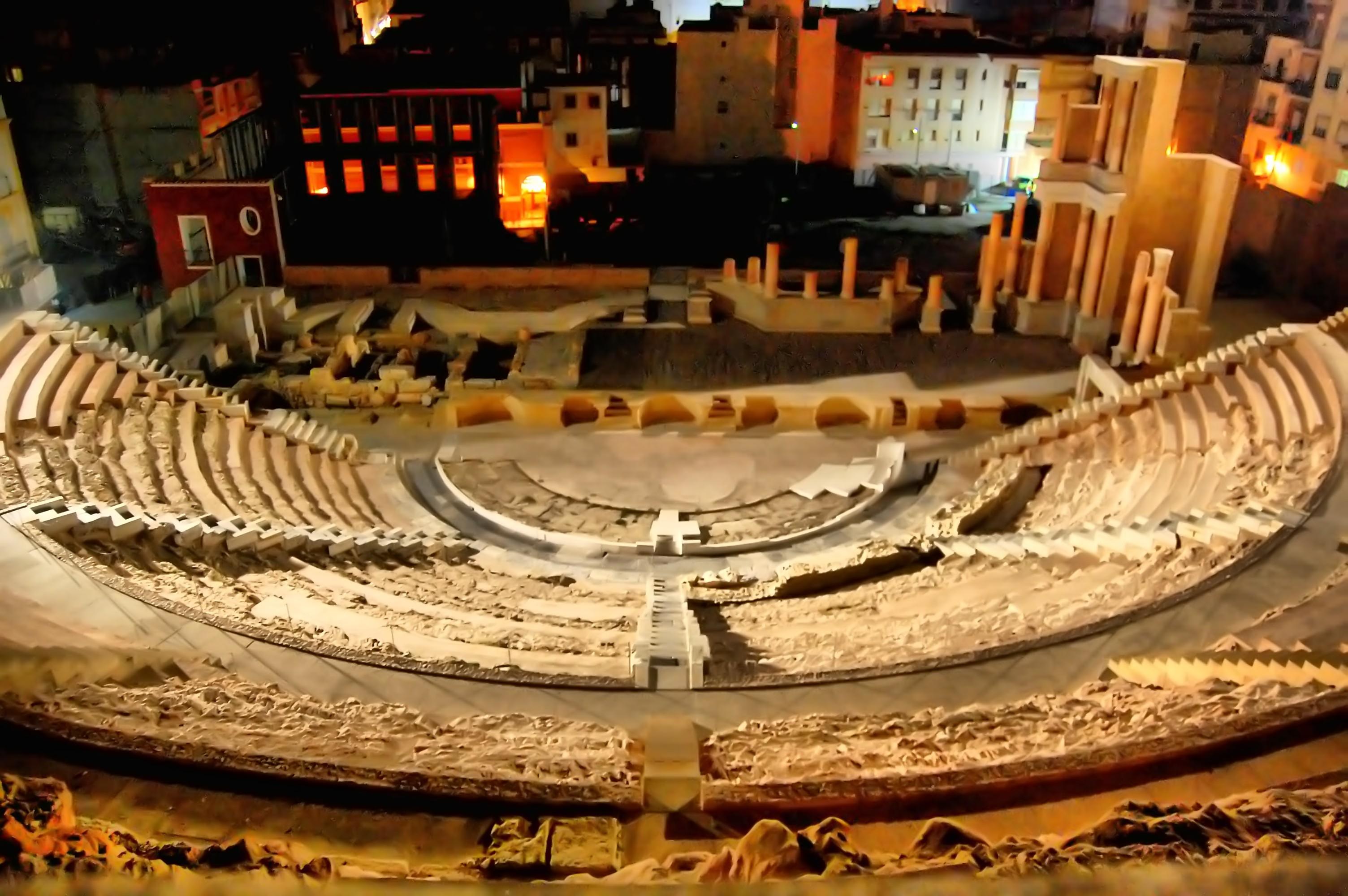 'El Teatro bajo la luz de la luna'. Visita guiada